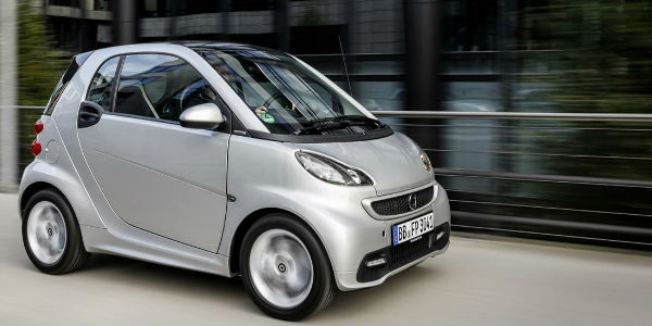 Smart car reviews – The 2014 Fortwo Gasoline Edition